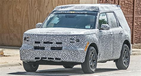 fords baby bronco    hybrid  coming