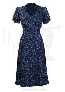 Sleeve wiggle dress size 4xl 68 00 long sleeve 1947 dress 159 85