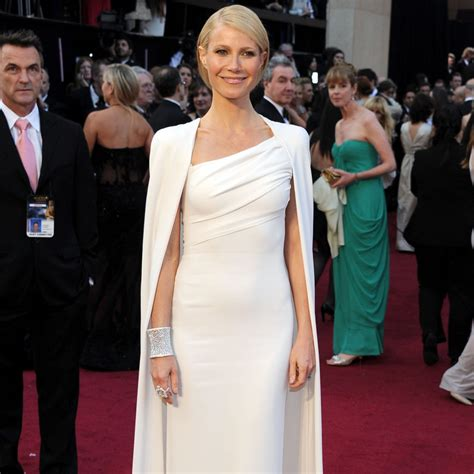 26 of the most unforgettable the most memorable carpet looks from the oscars past