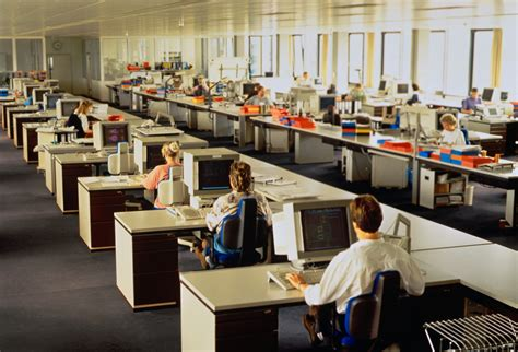Open Plan Offices Detrimental To Worker Productivity Open Floor Plan Office Increase Productivity