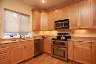 Maple Cabinets Contemporary Maple Kitchen Honey Spice Cabinets