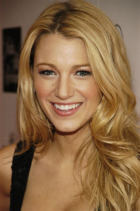 blake lively blake lively wallpapers images photos pictures backgrounds
