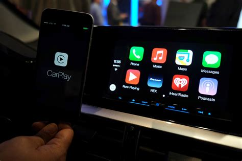 android carplay honda announces 2016 civic with android auto and carplay support mobilesyrup