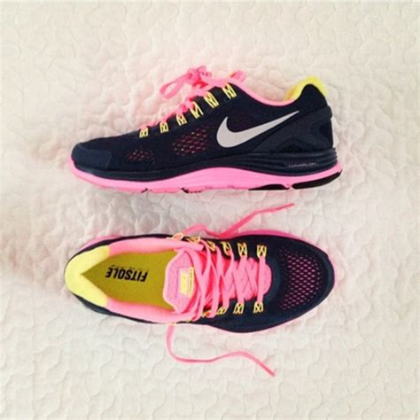 shoes nike freerun trainers sneakers black pink