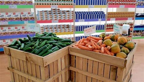 Daily Table Grocery Store by Trader Joe S Exec Opens Nonprofit Grocery Store As A Low