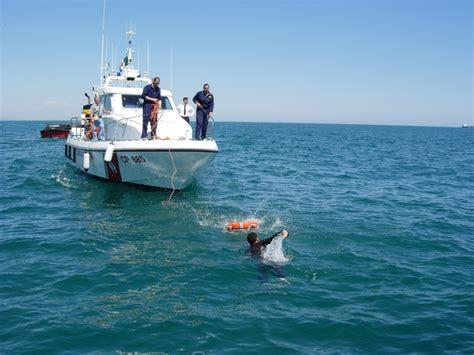 domenica ti porto al mare al via l operazione mare sicuro 2013 la capitaneria di