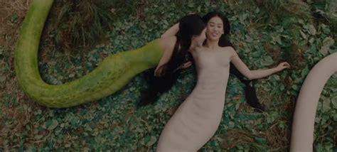 Film Barat Ular Di Pesawat | misteri siluman ular putih yang pernah ada di dunia