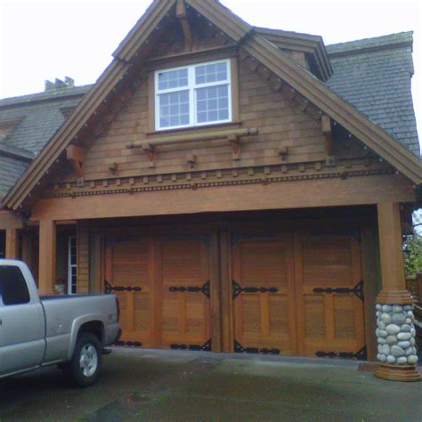 real garage doors real carriage house garage doors pilotproject org