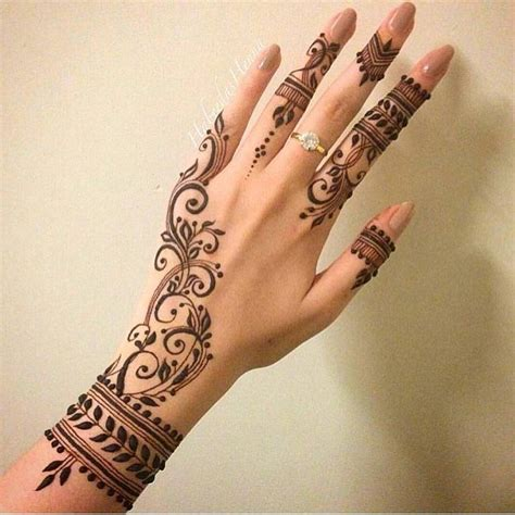 tattoo hand instagram 5 404 likes 38 comments henna designs and much more