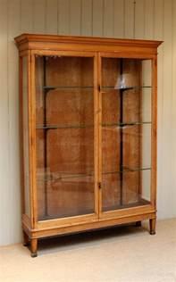 Shop Display Cabinet Antique Edwardian Oak Shop Display Cabinet Antiques Atlas