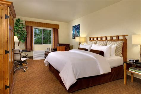 Choose Your Hotel Package In Hotel Southern by Why You Should Choose Fixed Departure Package