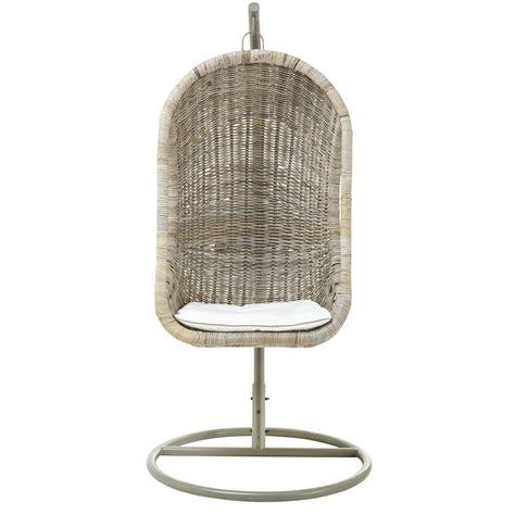 schommelstoel tuin rotan hangstoel rotan tuinstoelen tuinmeubelen tuin gamma