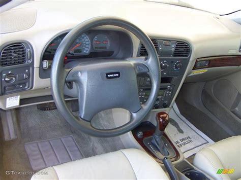 Volvo S40 2000 Interior by 2002 Volvo S40 1 9t Interior Photo 49186241 Gtcarlot