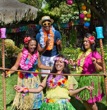 hawaiian themed games fun luau party ideas for adults lifestyle tweets