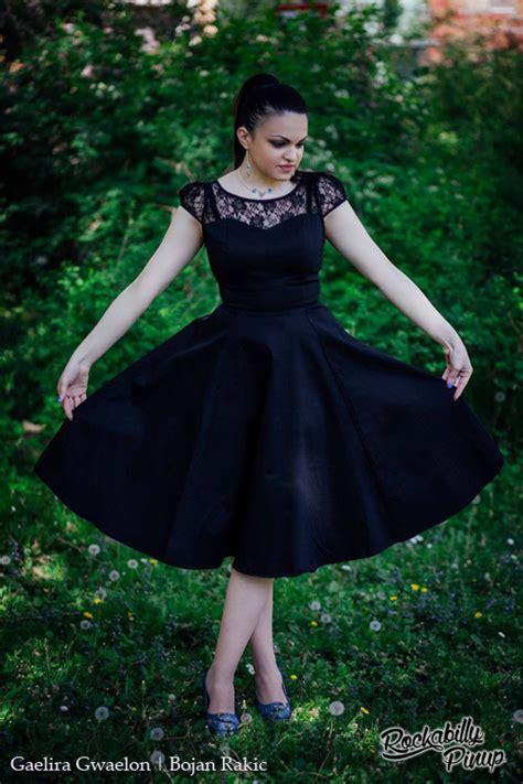 emily swing emily black lace neckline 50 s swing dress by h r london