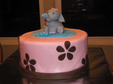 Elephant Cakes De Ion  Ee  Ideas Ee   Little  Ee  Birthday Ee   Cakes