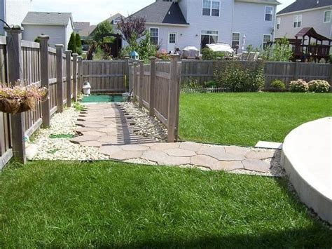 dog run in backyard outdoor dog potty area dog breeds picture