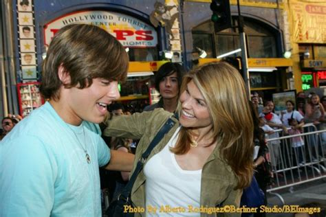 lori loughlin and zac efron image ultimatedisney s report from the high school