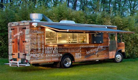 mobile kitchen truck barking frog mobile kitchen hops into food truck