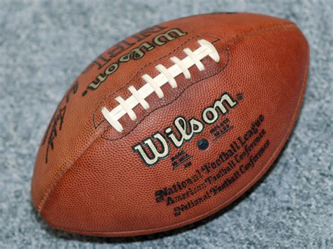 fb wiwik file wilson american football jpg wikimedia commons
