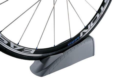 Minoura Mag Riser G For Trainers bike trainers best pirces travel trac riser block