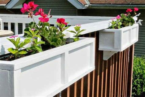 Planter Boxes For Balcony Railings by 16 Ways To Customize Your Deck Railings Planters And Box