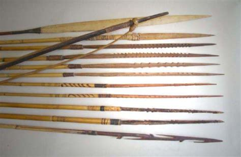 Busur Panah Bambu wisata papuaq senjata tradisional khas papua