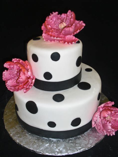 polka dot cakes decoration ideas  birthday cakes