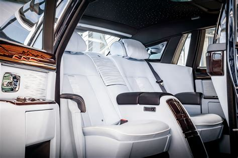 roll royce interior refreshing or revolting 2018 rolls royce phantom motor