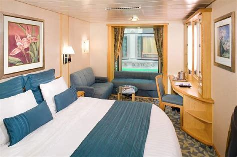Pictures Of Cabins On Cruise Ships by 9 Awesome Cruise Ship Inside Cabins