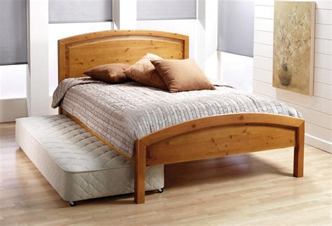 bed decorating ideas bed decoration trundle beds for