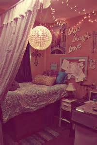 Anthropologie Inspired Bedding 20 Diy Dorm Canopy Beds Home Design And Interior