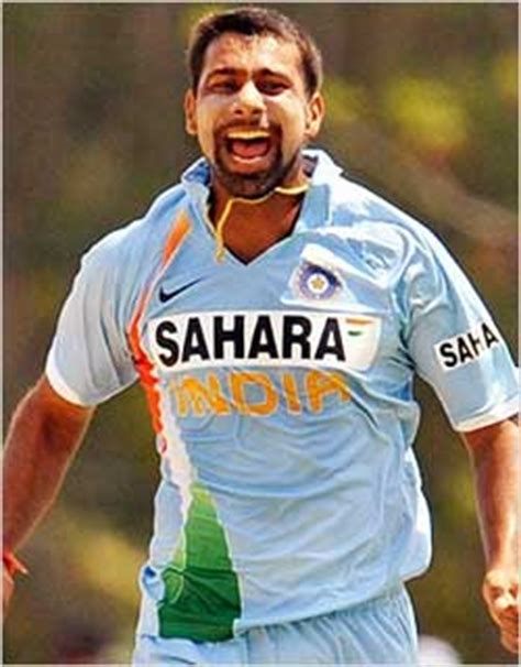 sapna choudhary uttar kumar everything about cricket praveen kumar प रव न क म र