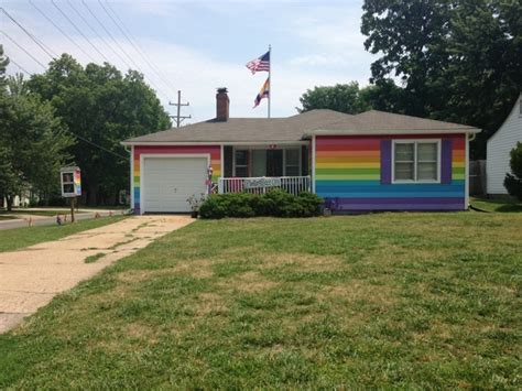 the house across the street was in kansas visited westboro baptist church on accident got a good pic of the house