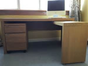 ikea malm desk ikea malm desk with pull out panel great condition