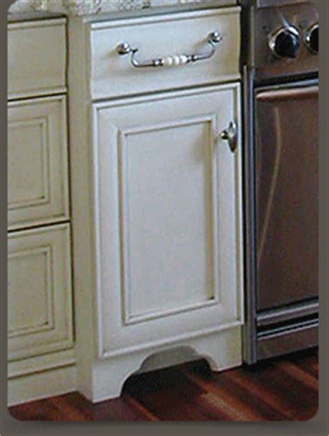 mouser cabinetry decorative vallance toe kicks