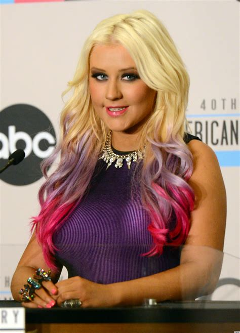 Style Aguilera Fabsugar Want Need by Does Aguilera Need A Makeover Photos Huffpost