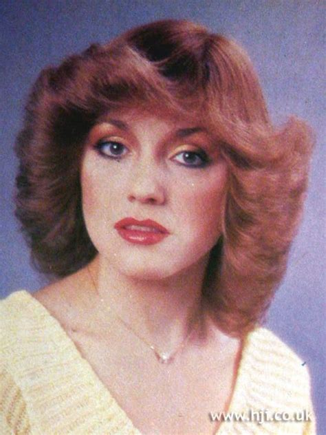 feathered bangs from 1979 133 best feathered images on pinterest hair hairdos and