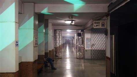 railway retiring room booking on line booking of retiring room at major railway stations railelectrica