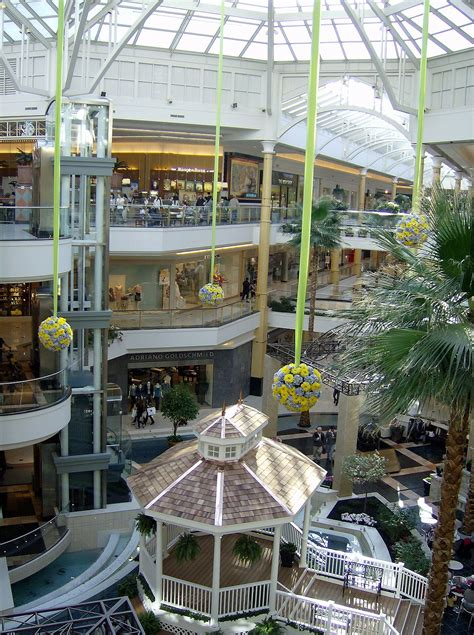 layout of somerset mall somerset collection wikipedia