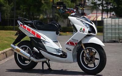 2010 Yamaha Mio Mio Sportt yamaha mio sport motorcycle designs