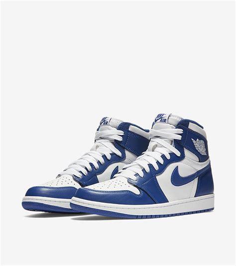 Sepatu Nike Air 1 Retro High nike air 1 retro high og blue hanon