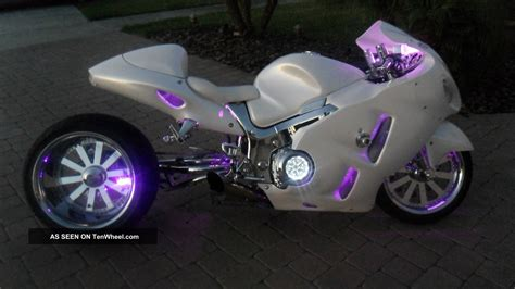 swing arm on motorcycle 2001 suzuki hayabusa pearl white totally redone 360mm tire
