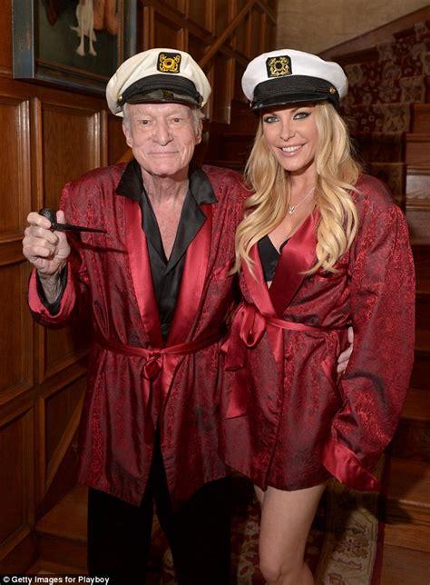 Hugh Hefner Shares His Fashion Tips by Hustler S Larry Flynt Wants To Buy Hugh Hefner S