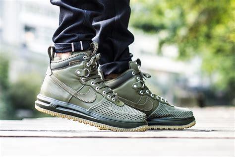 nike duck boots nike lunar 1 duckboot medium olive sneaker bar detroit
