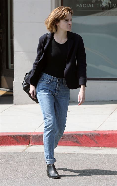 emma watson in jeans emma watson in jeans leaving beauty salon in hollywood 4
