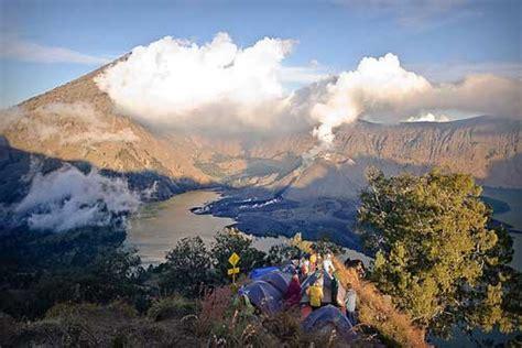 Kaos Gunung Rinjani Lombok 1 trekking mount gunung rinjani lombok indonesia travel guide