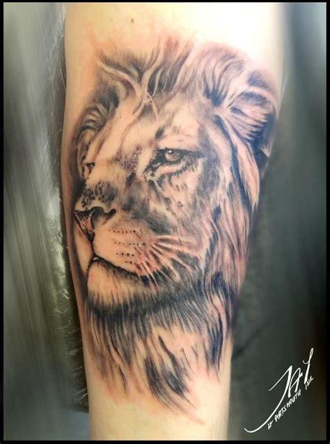 animal word tattoo my lion tattoo tattoooos pinterest lion tattoo