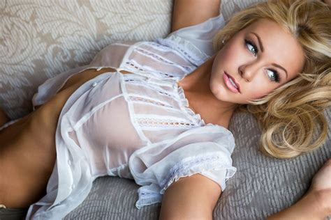 jenna jameson black sofa life is sexier without bras 23 pictures funny