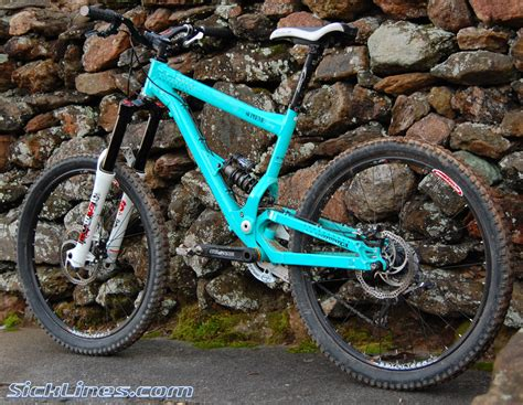 commencal supreme dh 2009 2009 commencal supreme mini dh sick lines gallery
